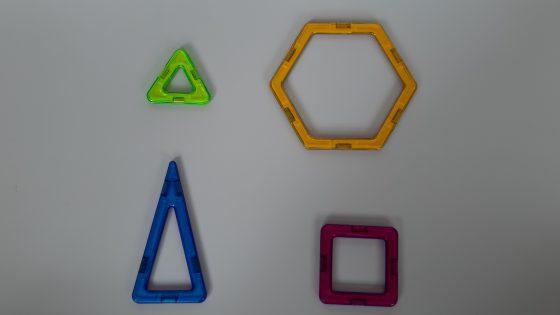 צעצוע בלוקי מגנטים - החלקים השונים